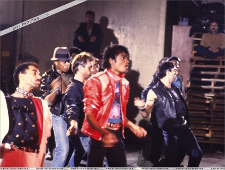 Just Beat It!!