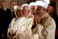 Pope Benedict XVI visits the Blue Mosque in Istanbul